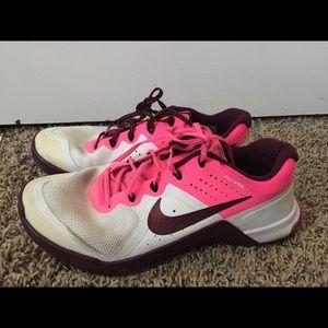 Nike Metcon 2 pink/purple size 7.5